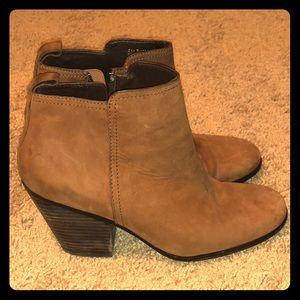 Women's Cole Haan mid heel leather booties 9.5